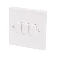LIGHT SWITCH 3 GANG 2 WAY LG203